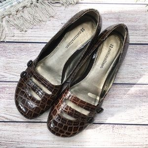 Naturalizer Brown Snakeskin Button Flats Size 7